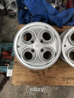 Set Of 5 Ford Escort Clover Leaf Wheels With Caps. Capri/cortina Xr3i Xr3